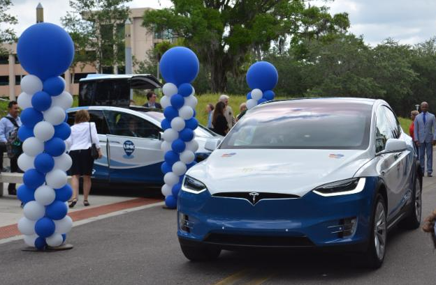 Tesla Electric last mile HyperLINK vehicles