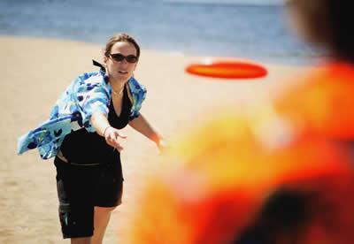 frisbee-woman.jpg