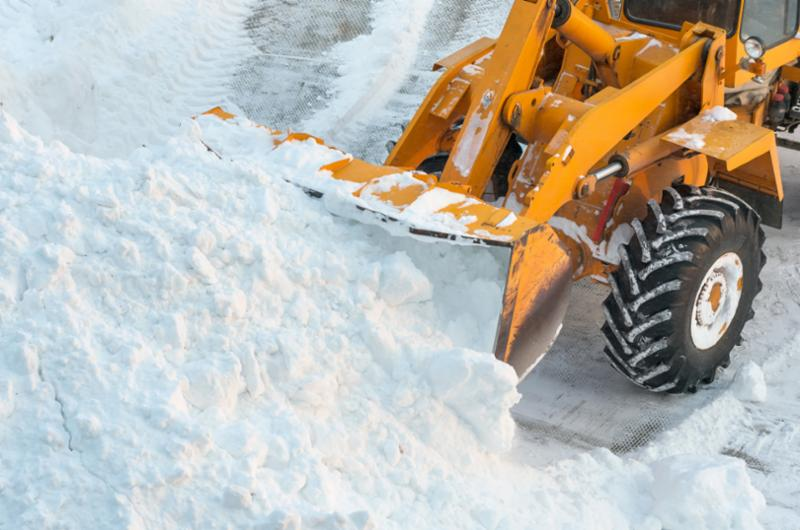 snow plow image link to district weather page online