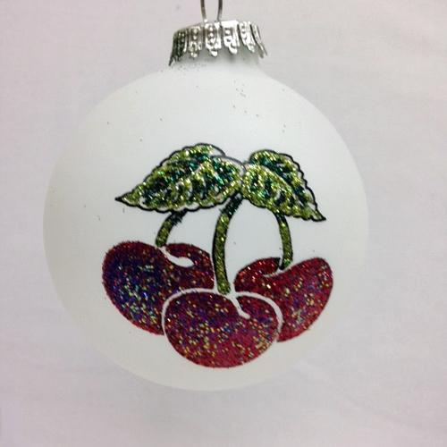 Heart Gifts by Design has created a special Door County ornament. This ornament features bright red cherries on one side and the words Door County on the ... & Happy October from Tannenbaum Holiday Shop!
