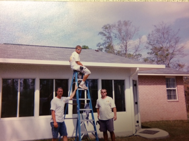Steve Kelley _pictured right_ and crew. _tbt _Majors20yr