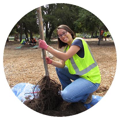 Planting Leader Jennifer Wei