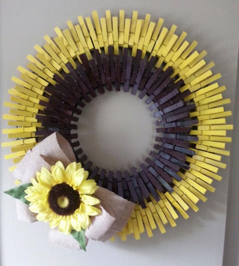 Clothespin sunflower wreath