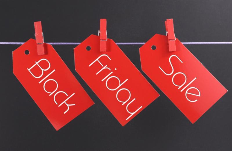 red_black_Friday_sale_tags.jpg