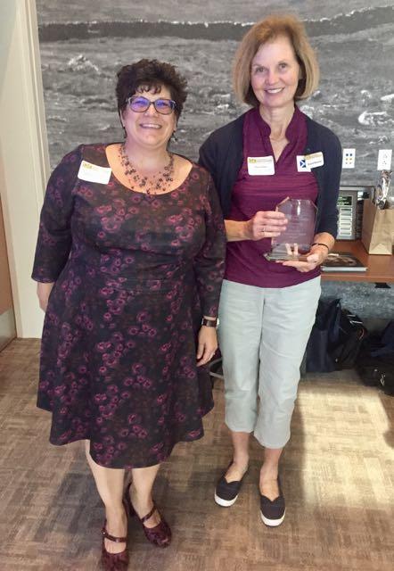 Jennifer Keohane (L) with Jan Gluz Cooperative Spirit Award Winner Marie Shaw