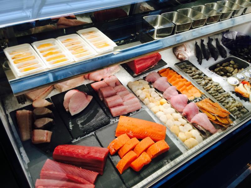 Eiko's fish case