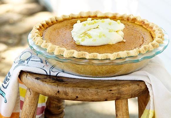 Model Bakery pie