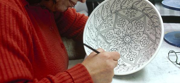 hand-painting-bowl.jpg
