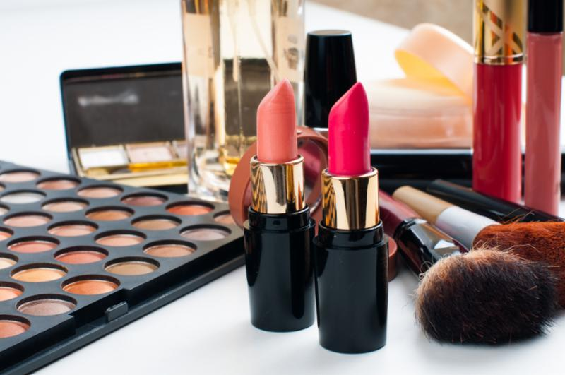 makeup_cosmetics_set_3.jpg