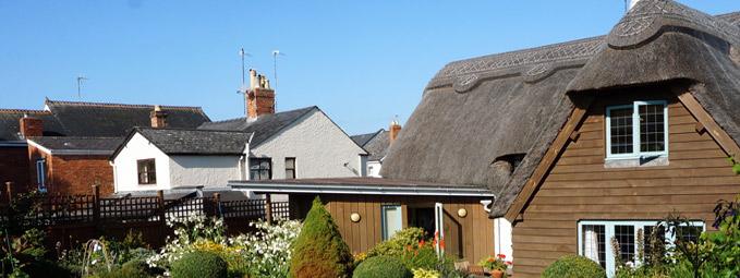 Cheltenham home swap offer (HE24307)