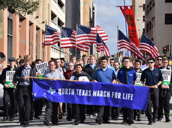 Dallas seminarians lead North Texas March for Life