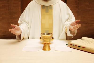 communion-priest.jpg