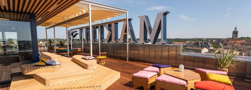 House opens its panoramic bar on the rooftop terrace of the G_tebourse Tower in Cognac.