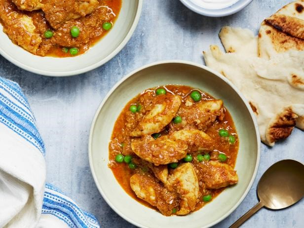 Indian Curry with Chicken and Peas