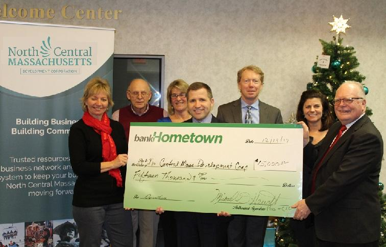 Hometownwn Bank Donates