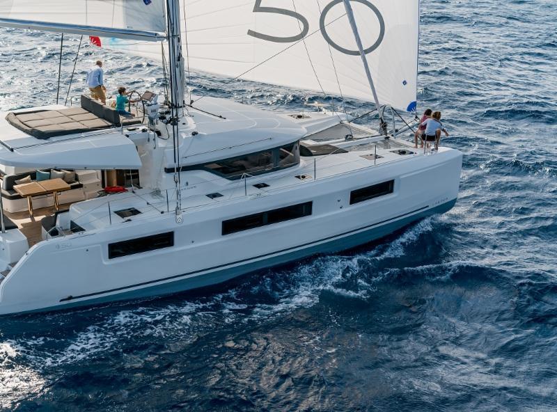 catamaran charter