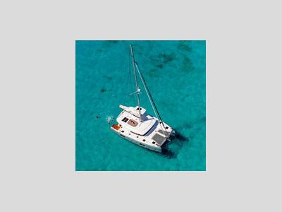 sailing charter vacation on a catamaran