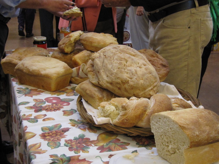 table of bread image