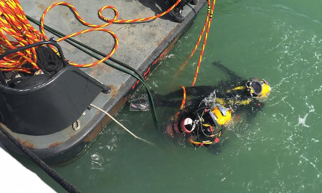 Army divers in Cowes Harbour