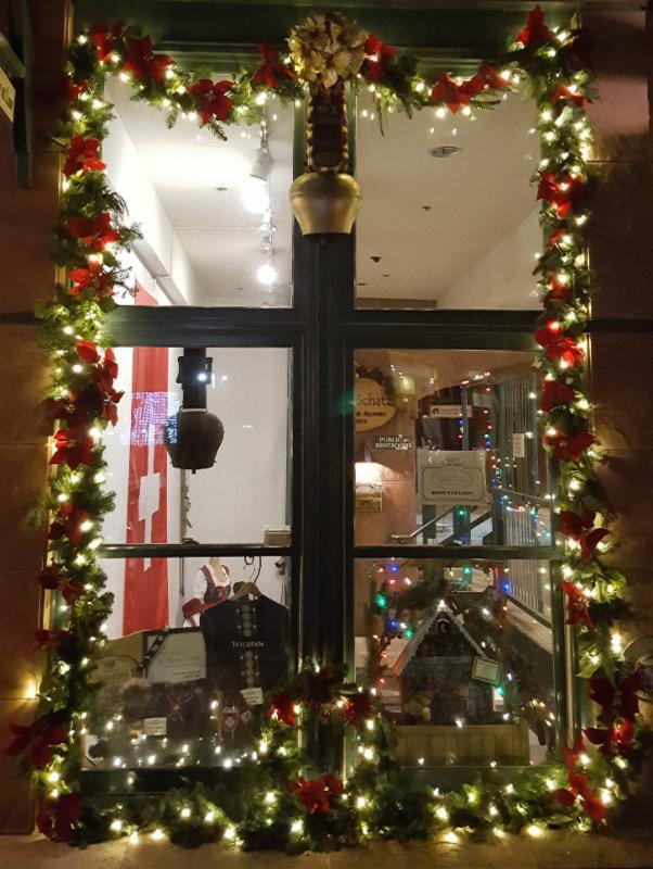 fr hliche weihnachten merry christmas from alpen schatz. Black Bedroom Furniture Sets. Home Design Ideas
