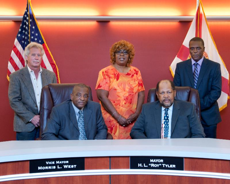Picture of Commissioner Don Mason, Vice Mayor Morris West, Commissioner Anne Huffman, Mayor H.L. %22Roy%22 Tyler and picture of Commissioner Horace West