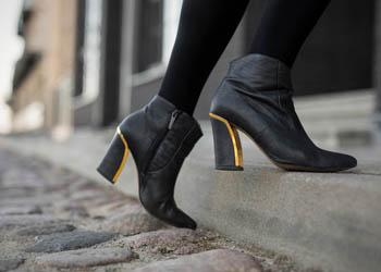 Studies have shown that shoes can cause strains and stresses on the foot, preventing a natural ease of function and movement.