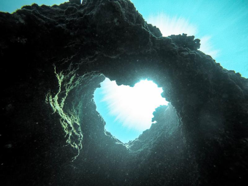 underwater cave heat