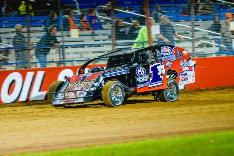 Robert Heydenreich On His Way To The Ozark Golf Cars USRA B Mod Win  Saturday Night At Lucas Oil Speedway. (Kenny Shaw Photo)