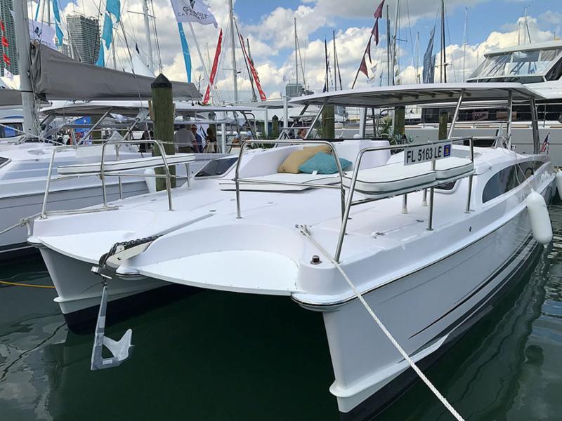 New Gemini Freestyle 399 Cabin Cruiser