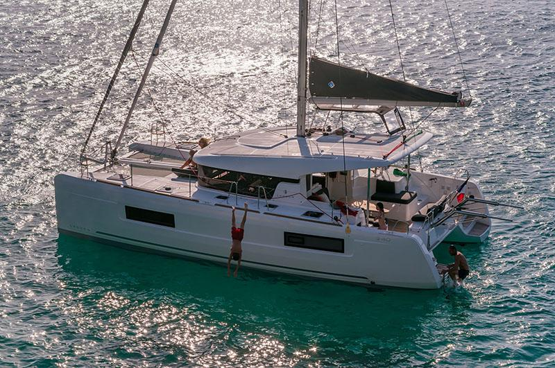 View the latest images for the New Lagoon 40
