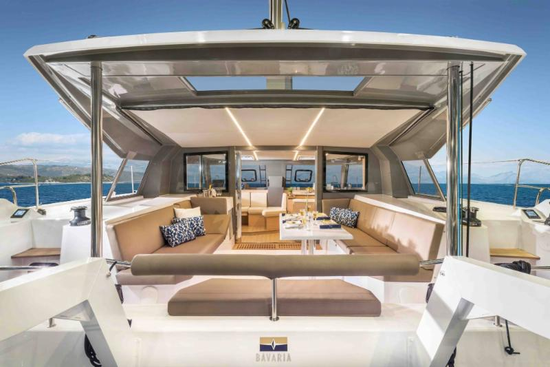 Discover a new kind of spaciousness - the NAUTITECH 40 OPEN