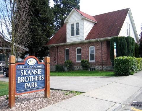 Skansie House