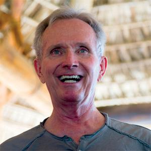 Especialista en Yoga Terapeutico - David McAmmond