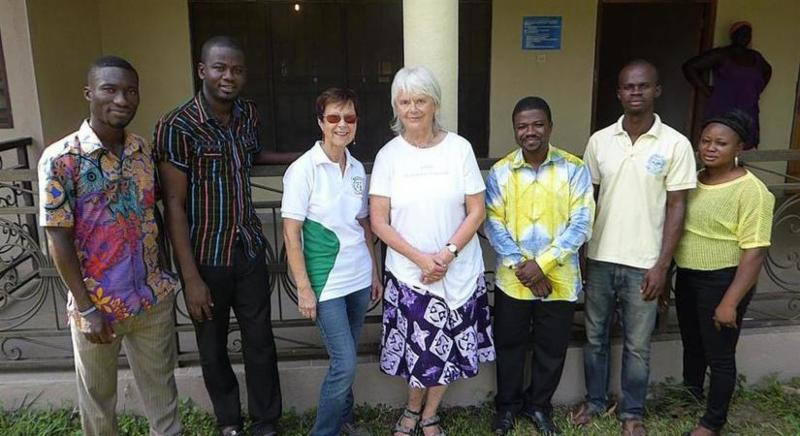 A group of teachers at the GLOBE Ghana teacher training.