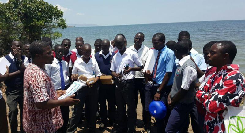 Globe Africa students at Lake Victoria Learning Expedition.