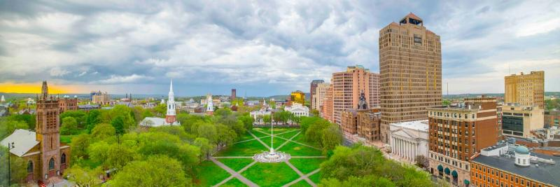 An image of a city and a park of New Haven, Connecticut.