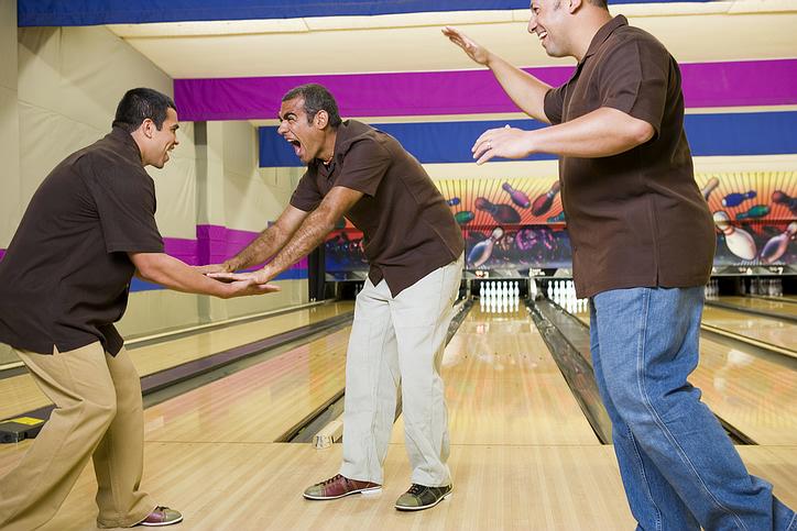 bowling_team.jpg