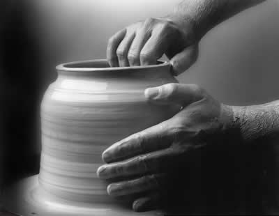 greyscale-pottery-wheel.jpg