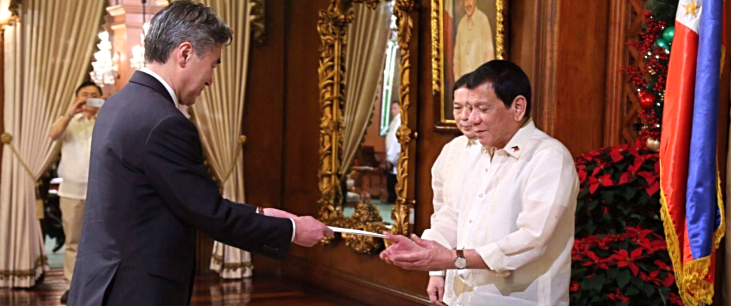 Amb Kim presents credentials to Pres Duterte