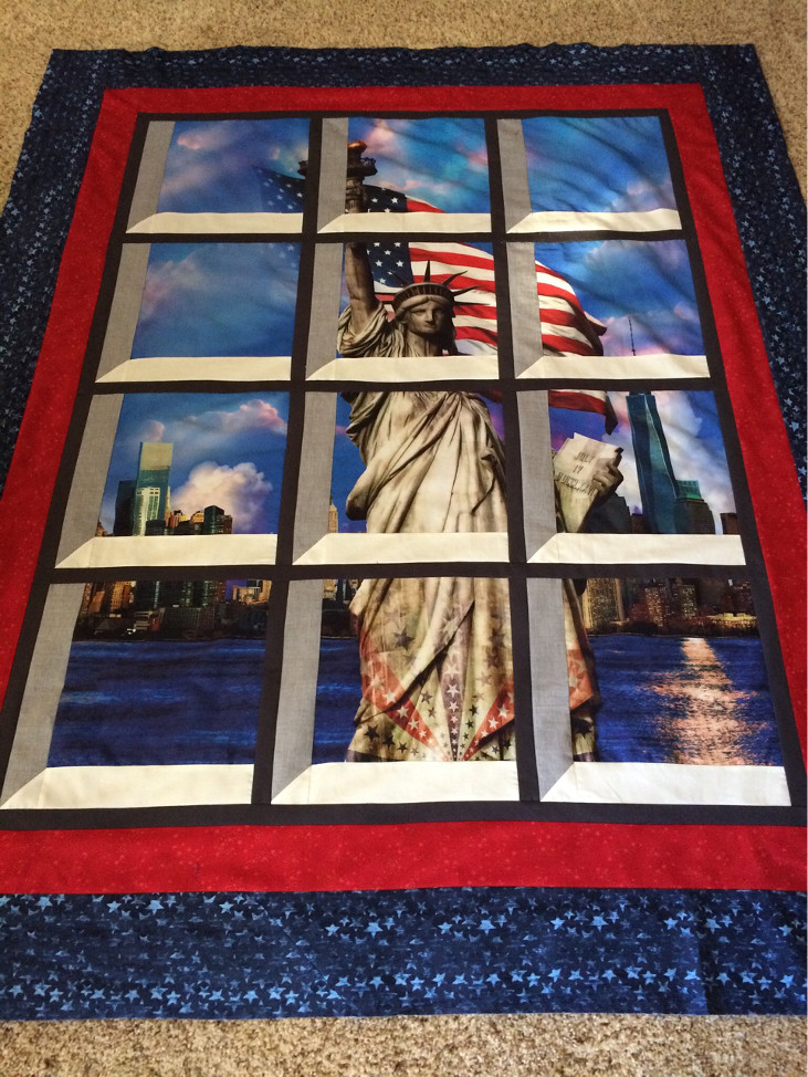 Windows Quilt of Statue of Liberty. Take this class at Queen B's quilt Shop!