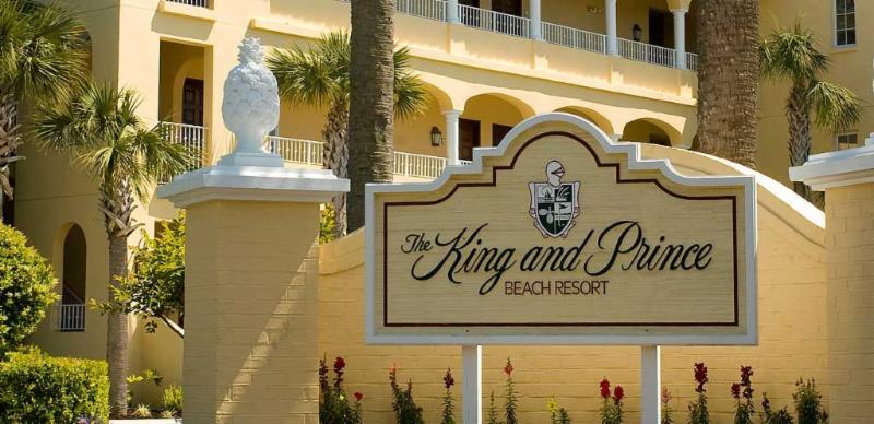 King and Prince Sign