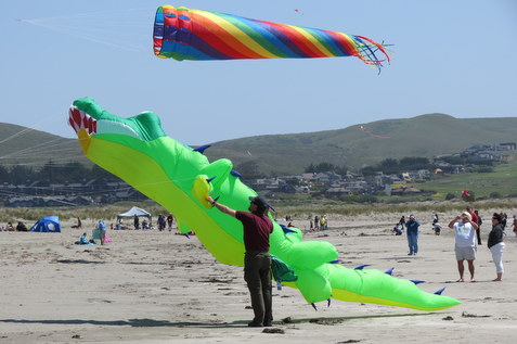 Castles _ Kites at Doran Beach
