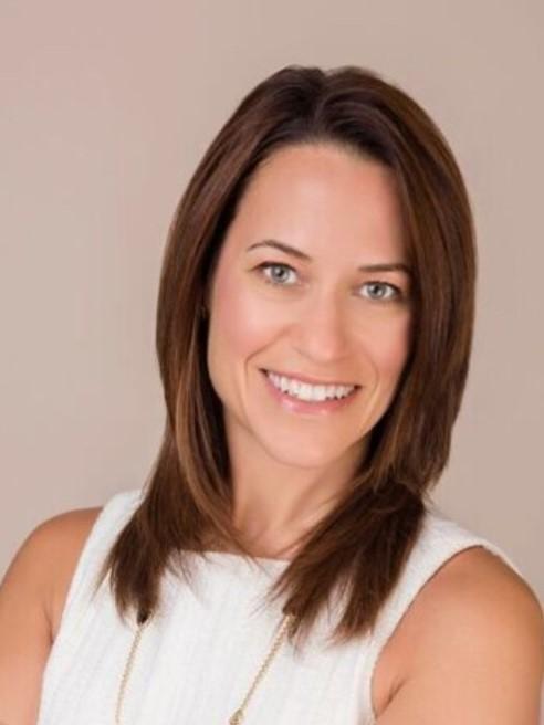 Lori Perlow Headshot