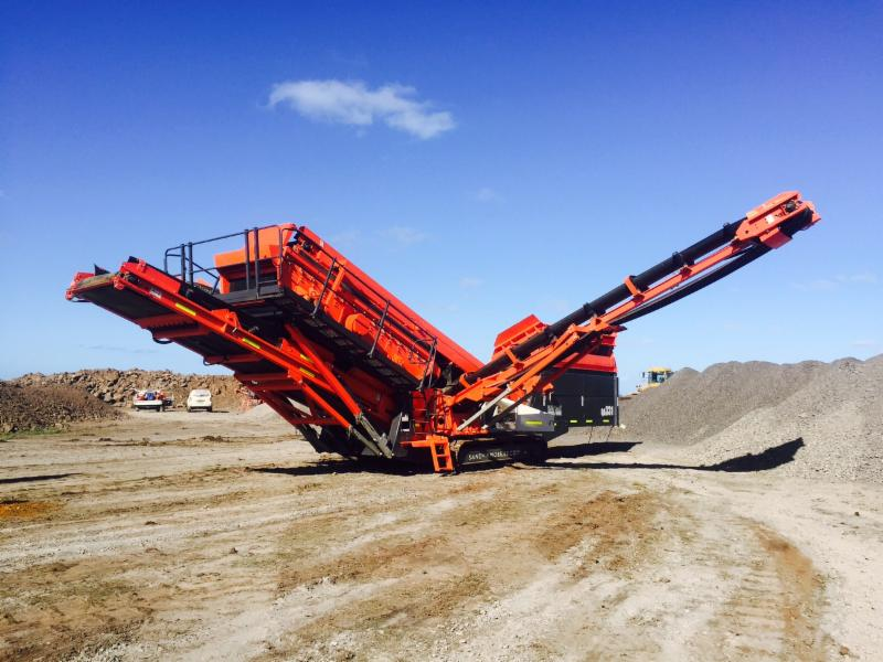 SANDVIK QA331 MOBILE SCREEN