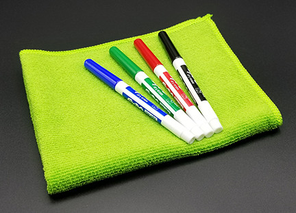 Dry erase set of markers and cloth