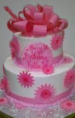 Pink Daisy Fondant Cake