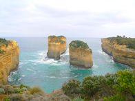 australia-rock-towers-196x147.jpg