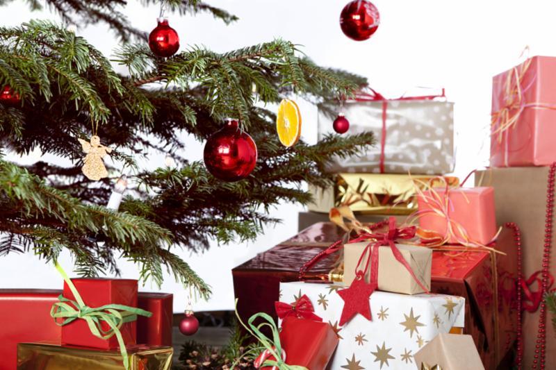 lots_of_gifts.jpg