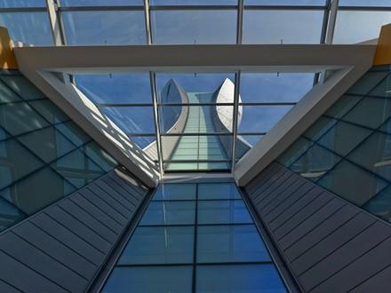 san-francisco-intl-control-tower.jpg