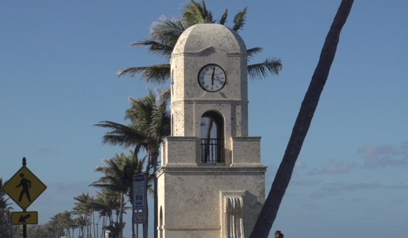 midtown beach clock